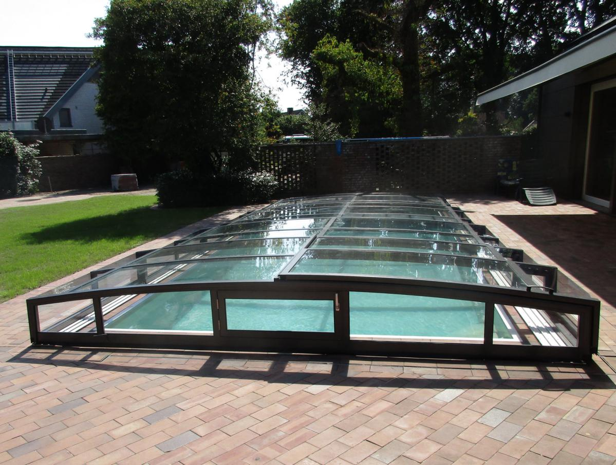 Abri piscine plat perfect mots cl abri de piscine with for Abri piscine plat