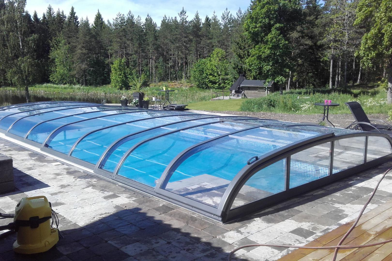 abri piscine retractable