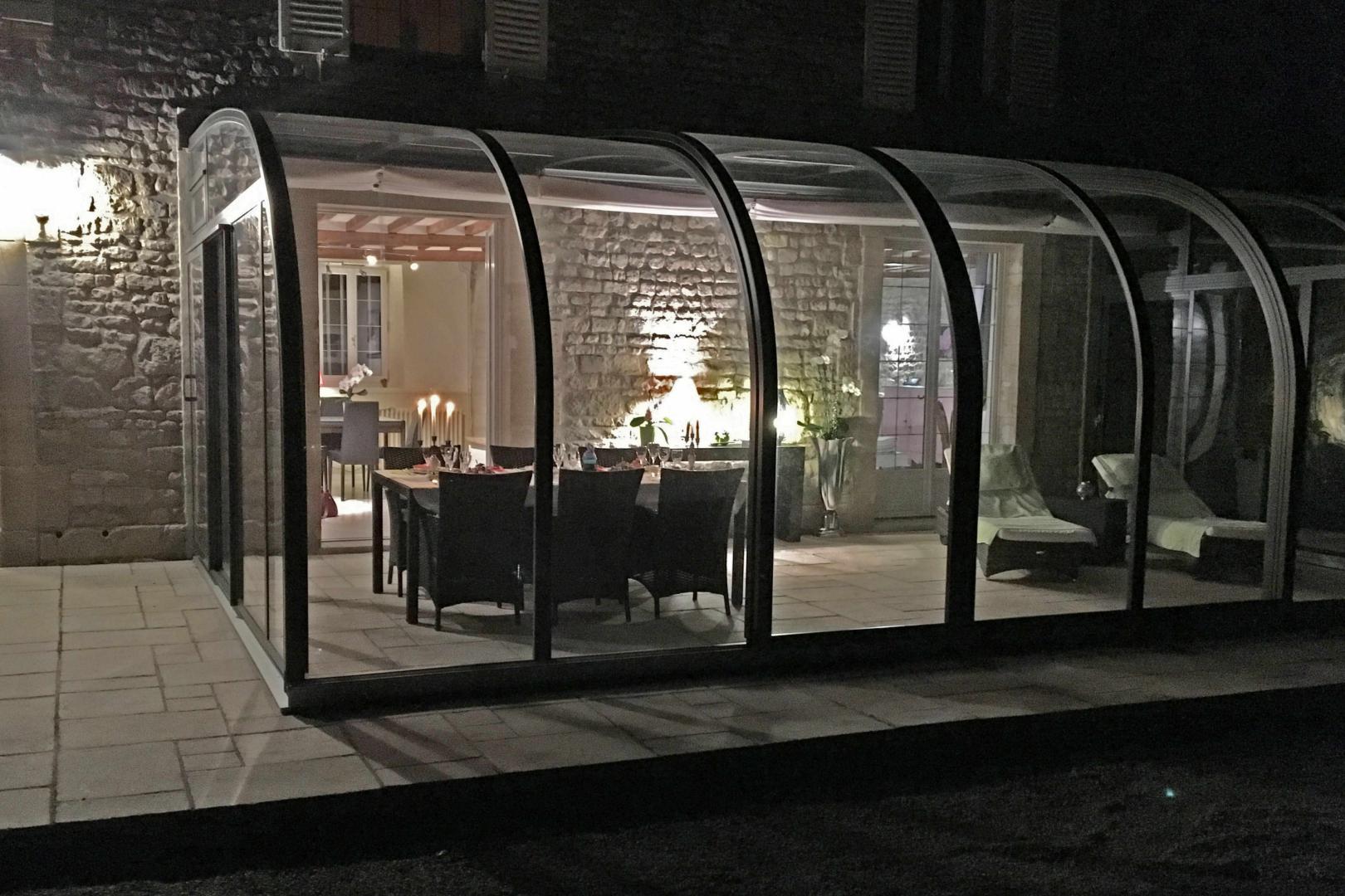 abris de terrasses et de balcons iceroom design by. Black Bedroom Furniture Sets. Home Design Ideas