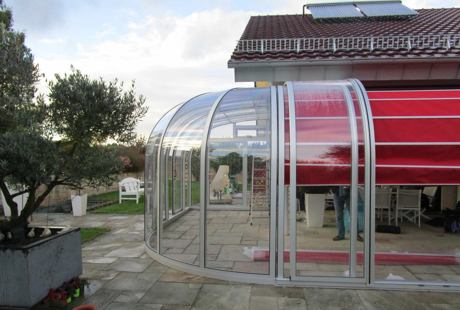 Abri terrasse perle solar v randa bioclimatique - Veranda arrondie ...